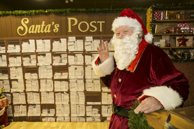 the magical post office opened for a second year at mermaid quay santa and capital fms geraint hardy came to help with the official opening - Post Office Christmas Eve
