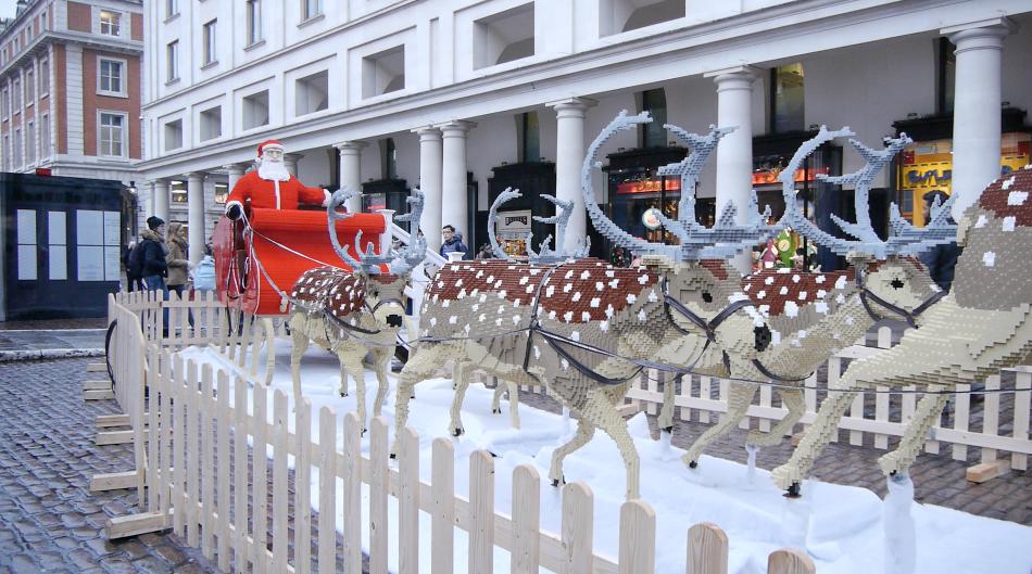 santa with his sleigh reindeer at mermaid quay mermaid quay